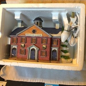 Vintage lemax dickensvale collectible